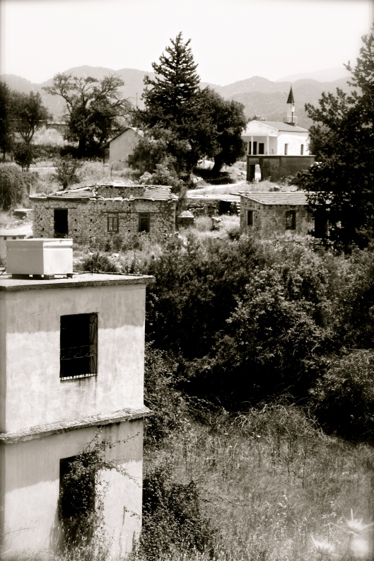 Vretsia - Turkish Cypriot abandoned village in the hills